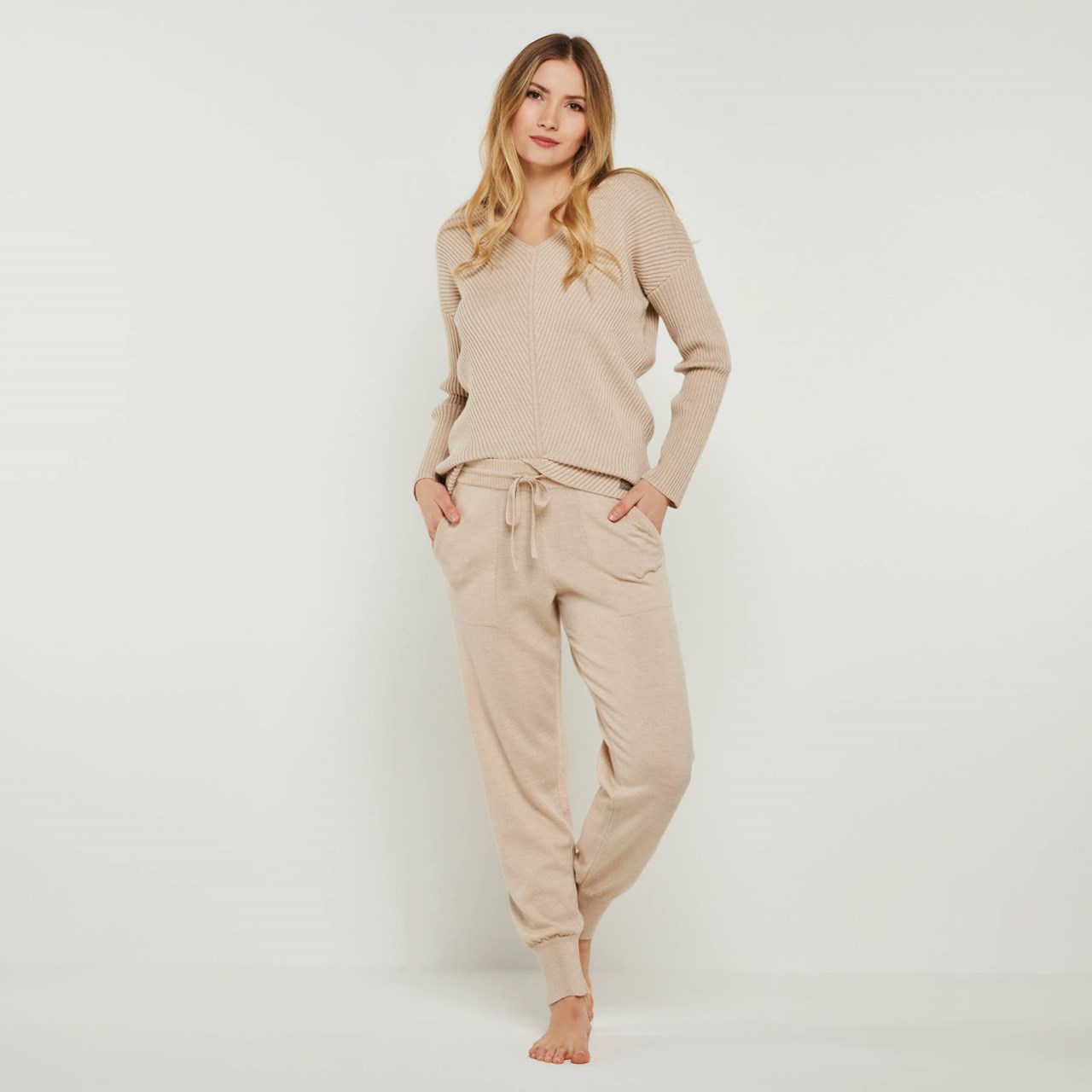 YOU LOOK PERFECT  Produkt-Beispiele Loungehose Pants Bella